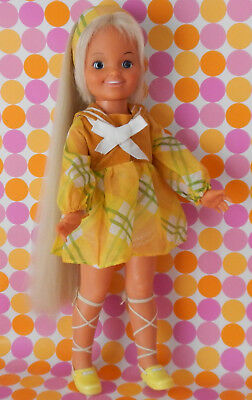 Vintage 1972 Ideal DINA Doll Wearing GLAD PLAID Fashion - Crissy Family