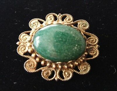 Vintage Victorian Style Oval Polished Green Agate With Gilt Bead Surround Brooch
