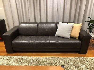 2 x Gainsville Leather Sofas