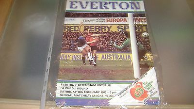 everton v tottenham hotspur 82/83 fa cup 5th rd programme in excellent condition