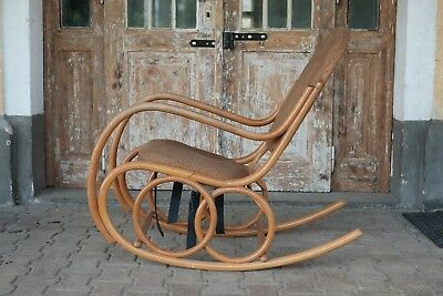 Thonet rocking chair Ton bent wood