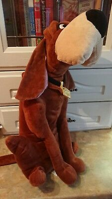 Disney store, Trusty the bloodhound from Lady and the Tramp plush toy