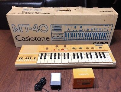 Vintage CASIO MT-40 Casiotone Portable Electronic Keyboard Synthesizer Works