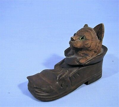 INKWELL -RARE BLACK FOREST HAND CARVED -GLASS EYED -ANTIQUE -KITTEN in SHOE