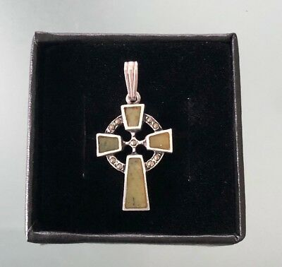 RARE VINTAGE SILVER HALLMARKED JADE CELTIC CROSS MADE IN IRELAND With Box Chain
