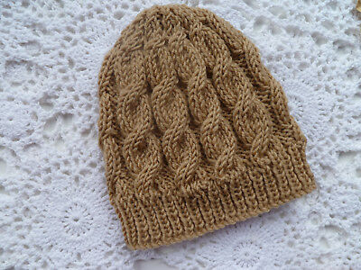 Cosy hand-knitted cable baby beanie to fit NB, 4-ply merino wool
