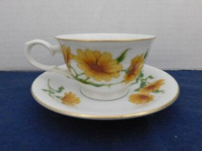 Avon Blossoms of the Month Cup & Saucer Set OCTOBER - CALENDULA