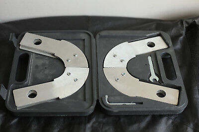 Werner Telescoping Dynamic Ladder Hinges With Case Model 63648-01