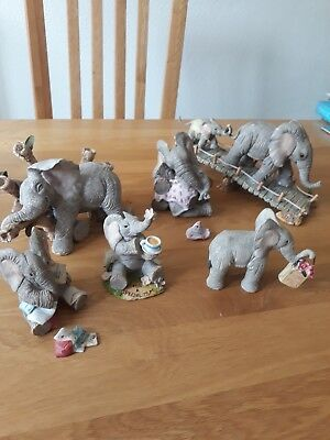 tuskers collectables. 6 statues.