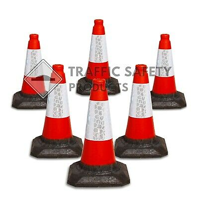 SPECIAL OFFER: 6 Heavy Duty U.K Traffic Cones (450mm)