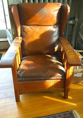 Arts & Crafts style ' Royal Easy Chair' Mission Oak Reclining Morris Wing chair