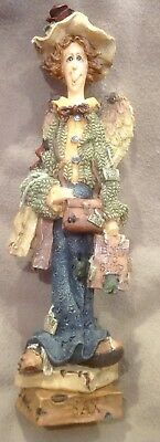 Boyds Bears- LIZZIE-Shopping Angel-INEVER MET A SALE I DIDN'T LIKE-numbered-Box