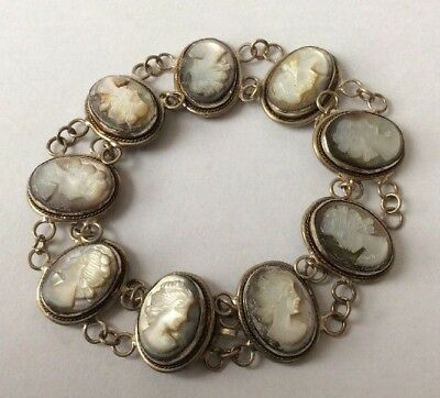 Beautiful Vintage circa 1950's 1960's 800 Solid Silver Shell Cameo MOP Bracelet.