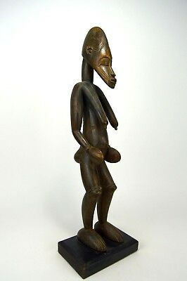 A Highly Stylized Senufo female sculpture, African Art