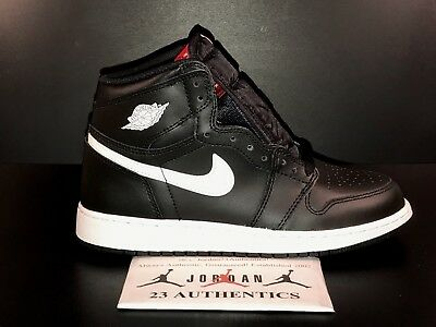 NIKE AIR JORDAN 1 I RETRO HIGH OG BG 575441 011 BLACK WHITE 85 toe bred ea5076f96