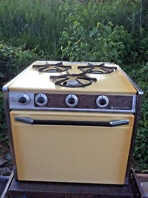 Antique Magic Chef Gas Oven Range Stove with Three Burners - Great Condition