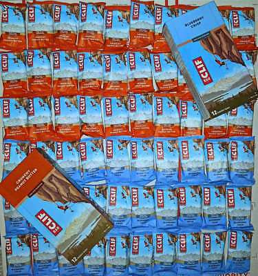 60 CLIF ENERGY BAR CRUNCHY PEANUT BUTTER & BLUEBERRY CRISP 2.4 oz BEST BY 06/18