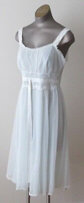 Vintage 2 pc Night Gown/ Robe Negliee Set - Pale Blue by GOTHAM