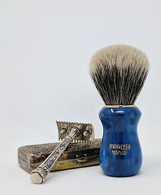 Blue Resin Manchurian 2-Band Brush By Zenith. 26x51mm Knot. Made In Italy M18