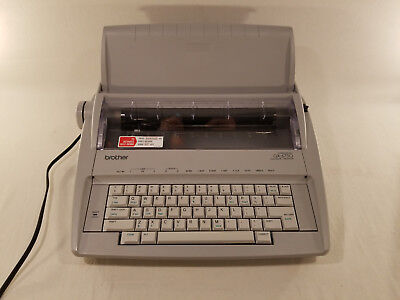 Brother GX-6750 Daisy Wheel Electronic Correctronic Portable Typewriter Excellen