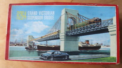 Tri-ang R264 Grand Victorian Suspension Bridge - Near Mint - Boxed