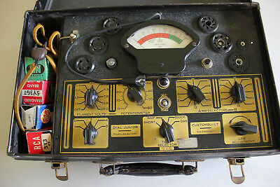 Vintage Dial Junior 415 Tube Tester, Powers on,needle lines, charts and notes