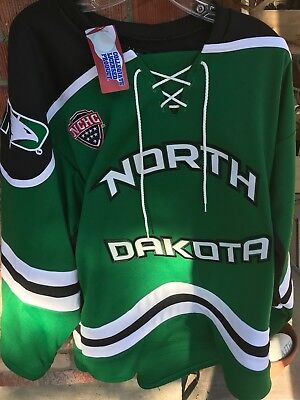 UND University of North Dakota Fighting Hawks Hockey K 1 Green Large Jersey New
