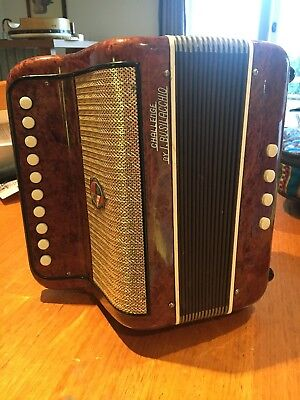"Single Row Button Accordion/Melodeon. ""Challenge"" by I.Busilacchio. Key of C"