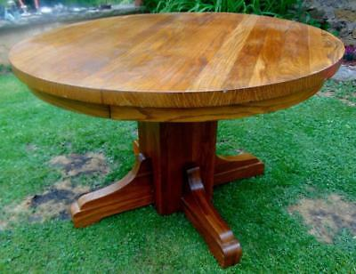 ROUND OAK MISSION DINING TABLE Lot 77