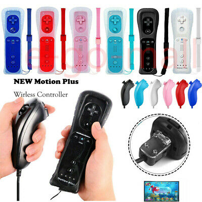 New Wii Remote and Nunchuck Controller & Case Set for Wii Wii U Console