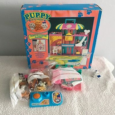 Puppy In My Pocket Puppyville House And Accessories Lot