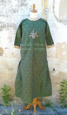 Antique 1910/1920s French green striped silk & pink embroideries dress To restau