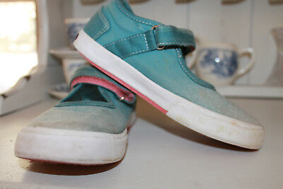 VGUC - Sweet Little Girl's Morgan & Milo Tennis Shoes in Ombre Blue Size 13
