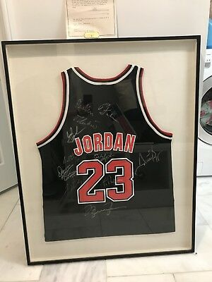 b77a426da48 MICHAEL JORDAN autographed/signed Chicago Bulls Red/black custom ...