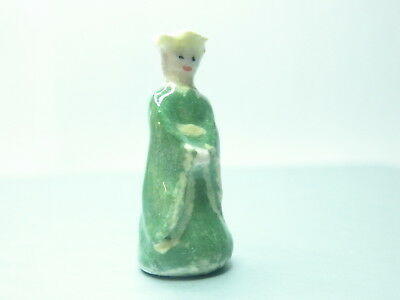 Dollhouse Miniature ceramic sculpture - Medieval lady in green