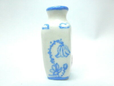 Dollhouse Miniature oriental blue and white vase - poppy