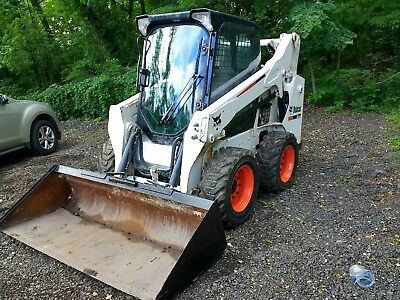 2013 bobcat S530 skid steer 1720 hrs enclosed cab with heat runs well