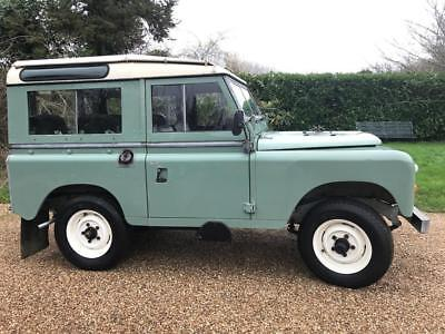 Land Rover series 3 1982 genuine station wagon very original galvanised chassis