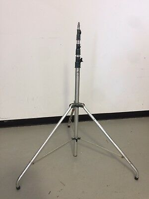 Manfrotto 840 Aluminum Light Stand 12' w/ curved legs