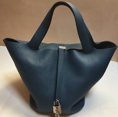 e7e8e06ad326 Beautiful HERMES Picotin Lock GM 26 Taurillon Clemence Leather in Thalassa  Blue