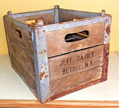 Antique Vintage JEFF DAIRY BETHEL NY Wood Wooden Crate Milk Box w Metal Dividers