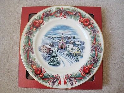 "Nib Lenox Villages Around The World ""new England Hilltop"" Plate 2000 1St Edition"