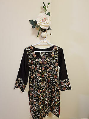 ✿♡ Womens Dress Size XS (Gorgeous Floral Vintage 60's Cute Black Embroidered) ♡✿