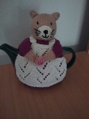 knitted cat teapot cosy -  4  cup