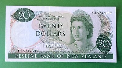 New Zealand Replacement $20 Hardie Banknote - YJ 574769* grade Extremely Fine.