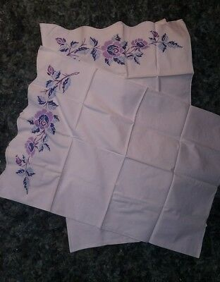 Set of 2 Vintage Embroidered Floral Pillowcase  Purple Roses Blue Leaves Queen