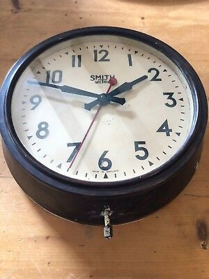 "VINTAGE 1950s SMITHS ""SECTRIC"" 11.5""-WIDE BAKELITE INDUSTRIAL WALL CLOCK"