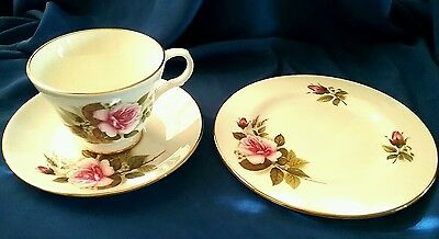 LOVELY 1950s VINTAGE ROSE FLORAL TRIO CROWN TRENT STAFFORDSHIRE ENGLAND