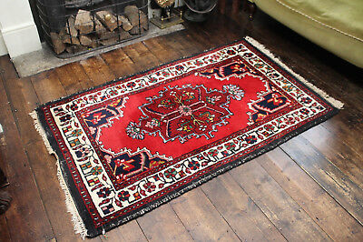 A Good Vintage Hand Knotted Pure Wool Country House Rug 36 x 66 Inches