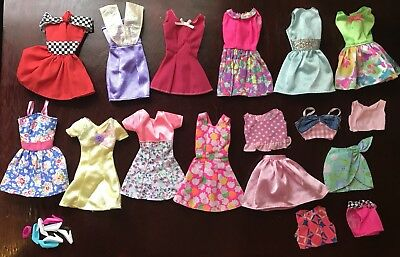 Rare Barbie Gift Pack Fashions Complete Outfits Mattel Doll Dress Lot 1996